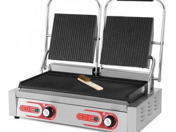 Grill eléctrico doble cuerpo marca EUTRON modelo PG-813